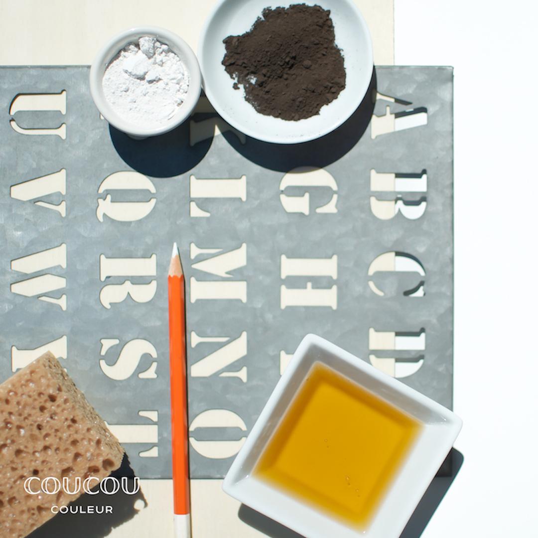 Menu-Tafel-Utensilien-Coucou-Couleur-Kreidefarbe