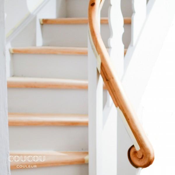 Treppe-streichen-Kreidefarbe-oeko-Coucou-Couleur