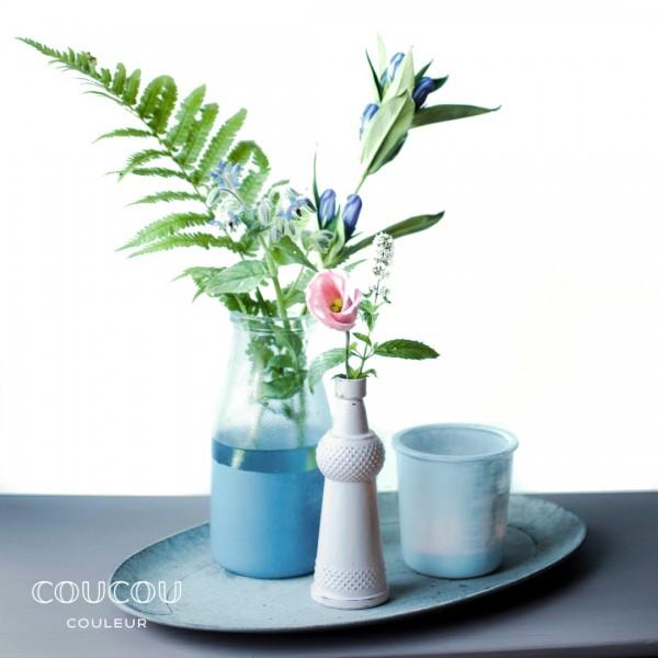Glasvasen-und-Teelichter-mit-Kreidefarbe-Coucou-Couleur